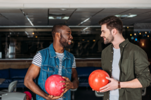 holiday-bowling-party