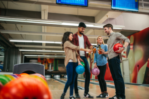 holiday-bowling-party-hillside-bowl